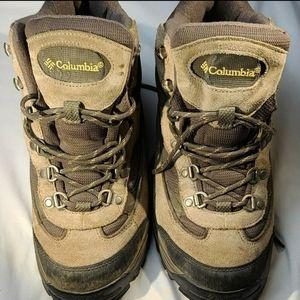 Columbia Razor Ridge Mid men's boot